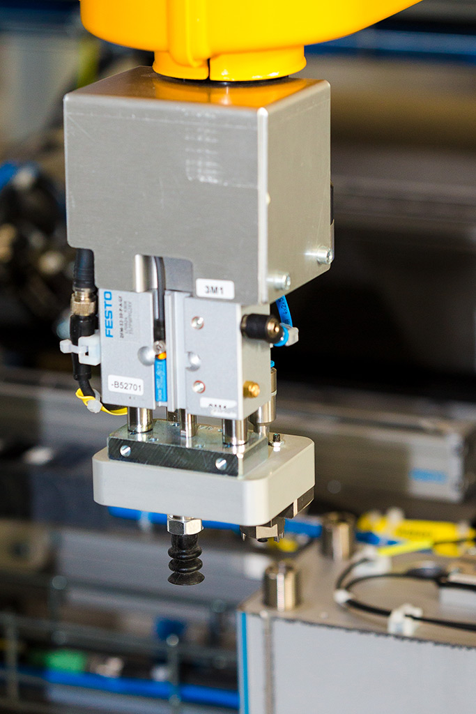Assembly and inspection systems for reversing sensors